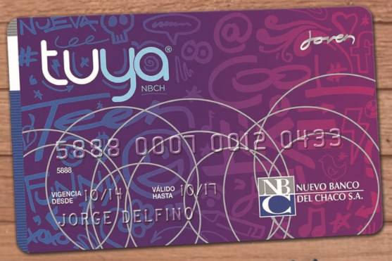 tarjeta tuya joven